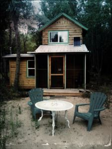 Ojo cabin off the grid